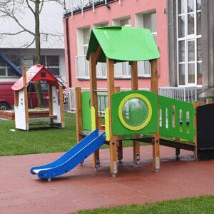 Producent placów zabaw z drewna, place zabaw dla dzieci z atestem
